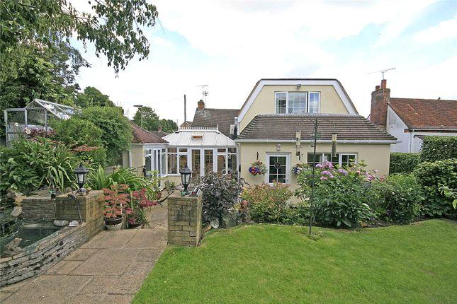 Rowtown Surrey Kt15 3 Bedroom Detached House For Sale 41360230 Primelocation