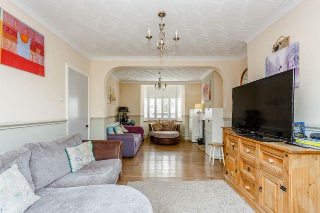 Living Room of Queens Road, New Malden KT3