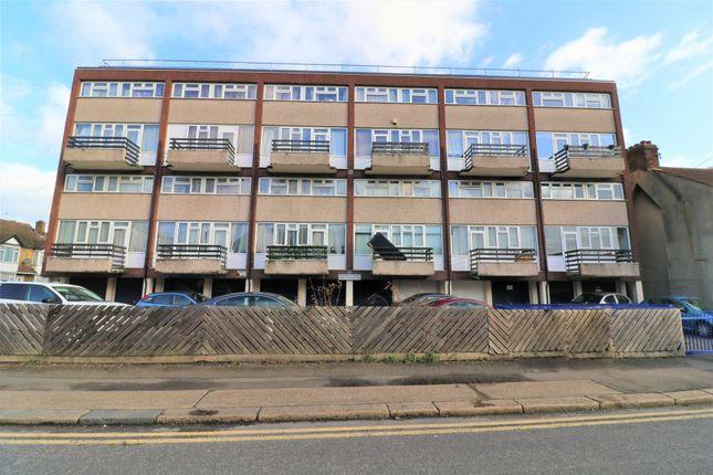 Thumbnail Flat for sale in Raglan Road, Walthamstow, London