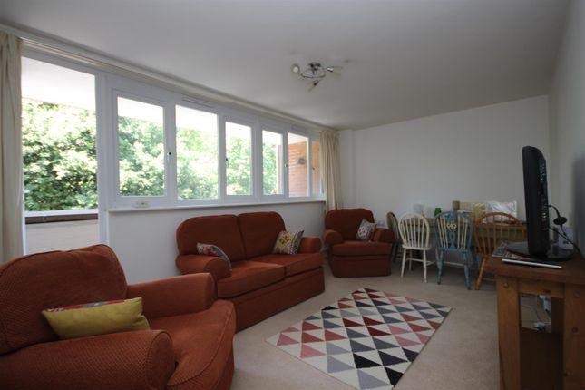 Living Room of Copplestone Drive, Exeter EX4