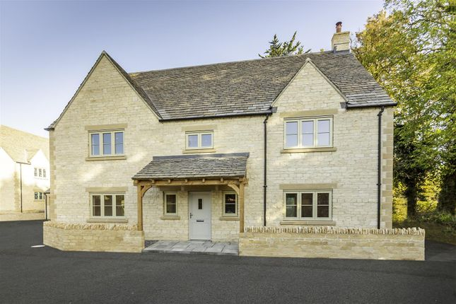 Thumbnail Detached house for sale in Siddington, Cirencester