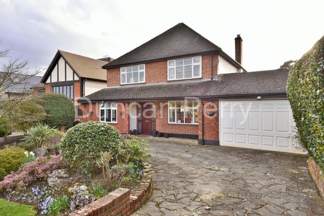 4 bed detached house for sale in Mymms Drive, Brookmans Park, Herts AL9