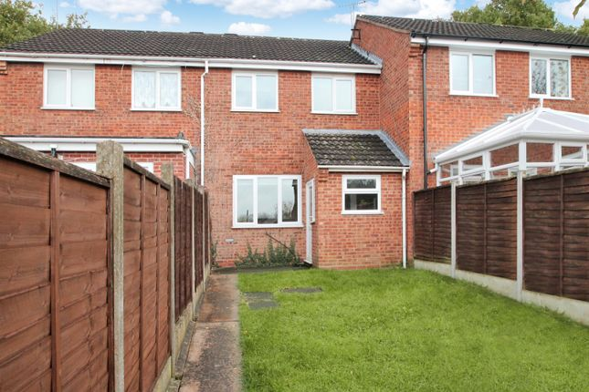 Thumbnail Semi-detached house to rent in Oldbury Close, Redditch