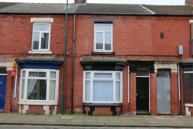 Thumbnail Terraced house to rent in Cromwell Road, South Bank, Middlesbrough