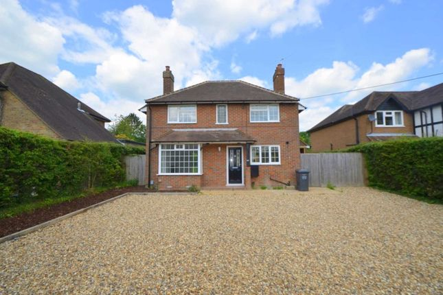 Thumbnail Detached house to rent in Stanley Hill Avenue, Amersham