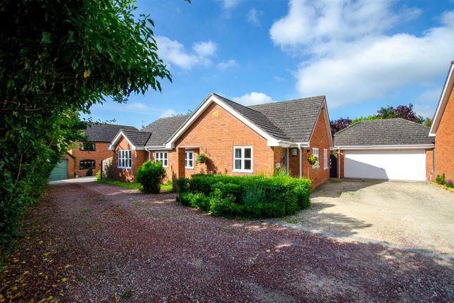 Thumbnail Detached bungalow for sale in Broughton Hackett, Worcester