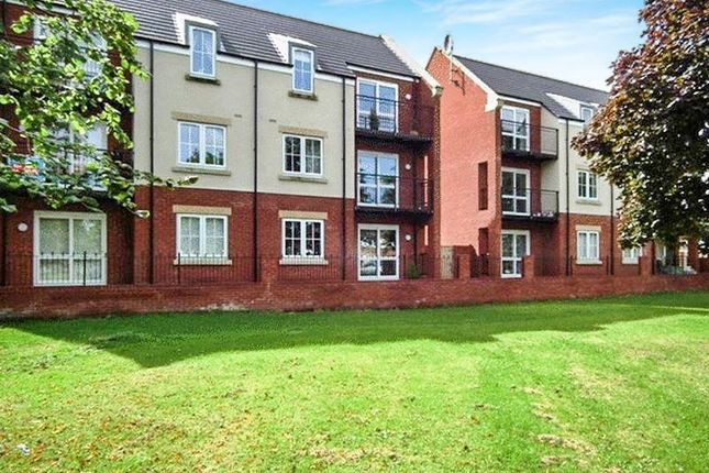 Thumbnail Flat for sale in Turner Square, Morpeth