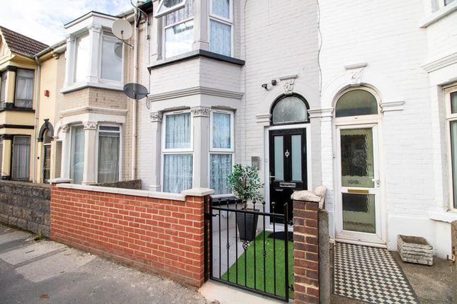 Thumbnail Shared accommodation to rent in Rainham Road, Gillingham