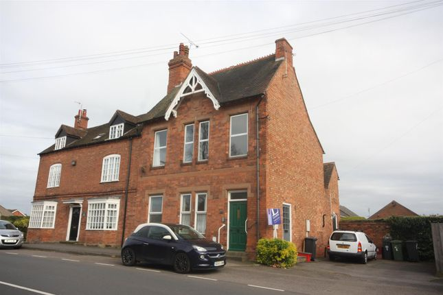 2 bed flat for sale in Upper Rosemary Hill, Kenilworth
