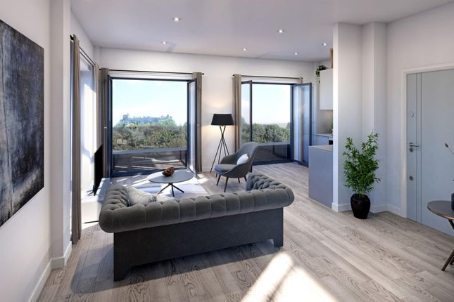 3 bed flat for sale in Park House Penthouses, Bath Road, Slough SL1