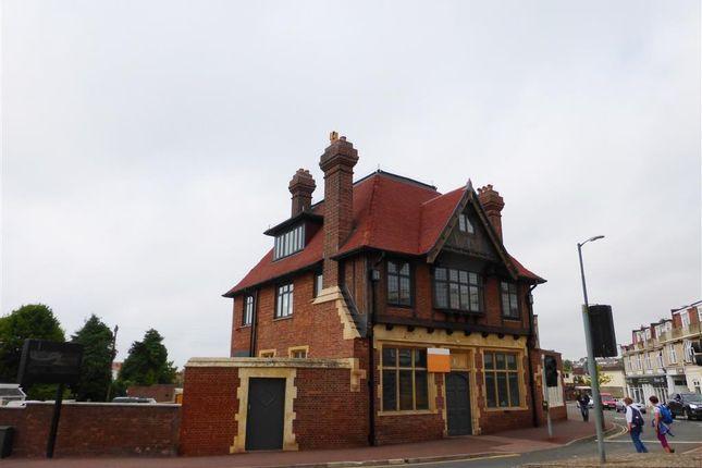 Thumbnail Property to rent in Fernham Terrace, Torquay Road, Paignton