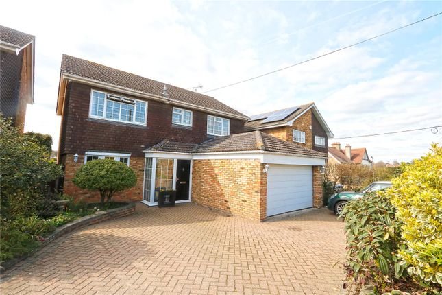 Thumbnail Detached house for sale in Daws Heath Road, Hadleigh, Benfleet