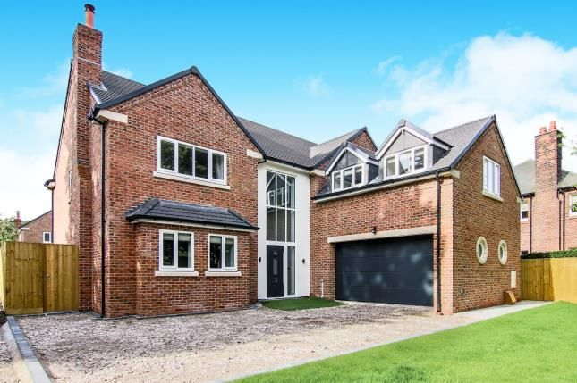 Thumbnail Detached house for sale in Vyner Road South, Prenton, Wirral