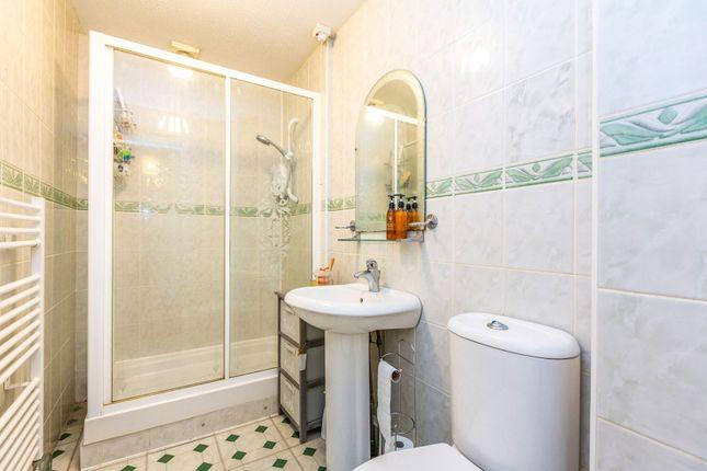 Bathroom of Galdana Avenue, Barnet EN5