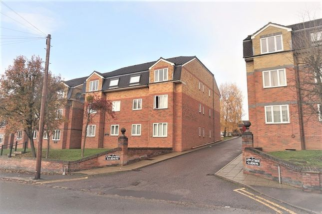 Thumbnail Flat to rent in Park Road, Cockfosters, Barnet
