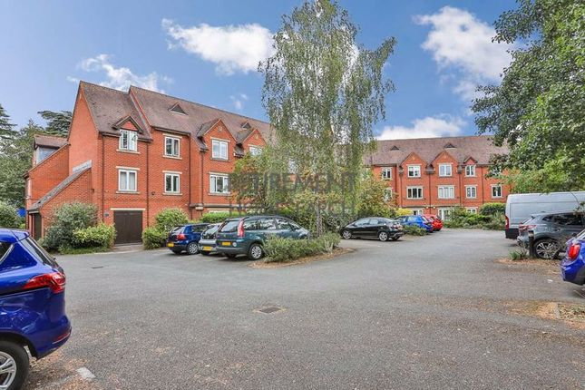 2 bed flat for sale in Scholars Court, Stratford-Upon-Avon CV37