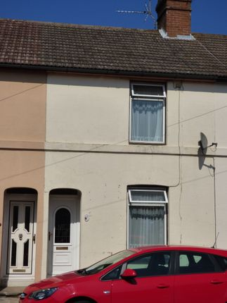 Thumbnail Terraced house to rent in Stone Street, Faversham