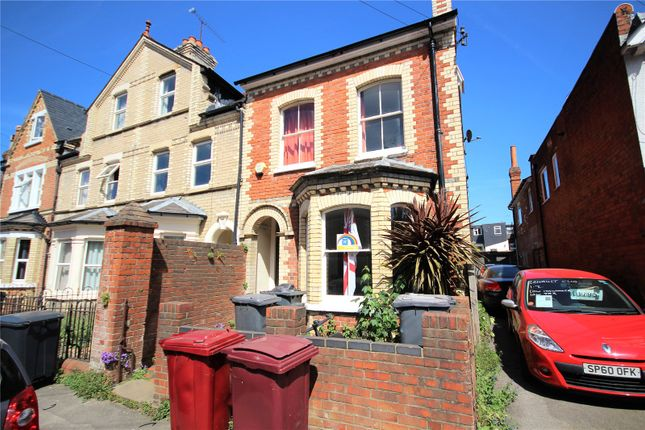Picture No. 01 of Donnington Road, Reading, Berkshire RG1