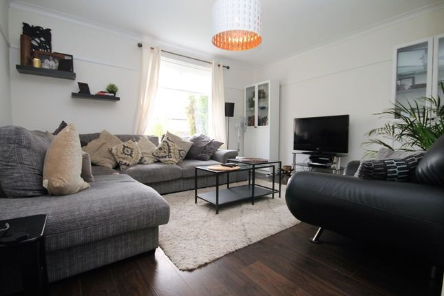 Thumbnail Flat for sale in Verderers Road, Chigwell