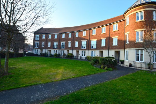 Thumbnail Property for sale in Gras Lawn, St. Leonards, Exeter