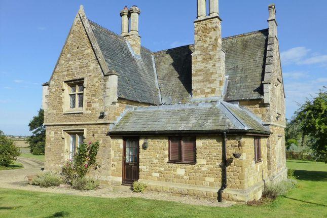 Thumbnail Cottage to rent in Stapleford Road, Stapleford, Melton Mowbray