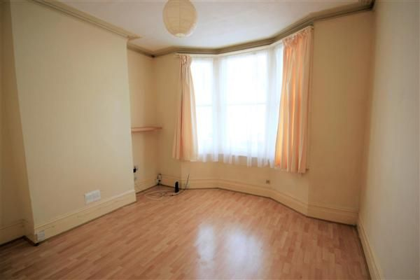 1 bed flat to rent in Gladstone Place, Brighton