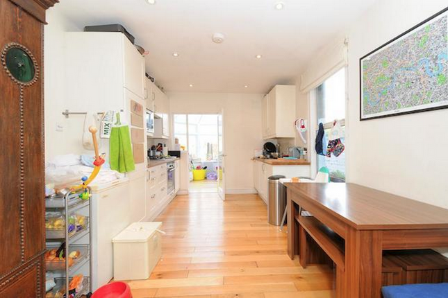 Thumbnail Terraced house to rent in Elmcourt Road, London