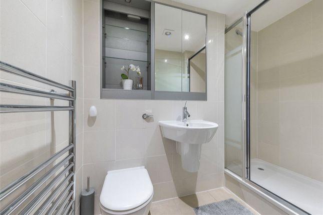 Bathroom of Cinnabar Wharf West, 22, Wapping High Street, Tower Bridge E1W