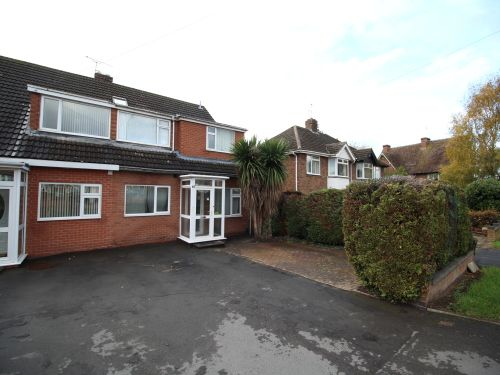 Thumbnail Detached house to rent in Whitnash Road, Whitnash, Leamington Spa