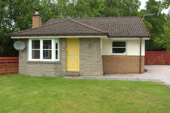 Thumbnail Bungalow for sale in Dalnabay, Silverglades, Aviemore