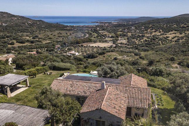 Villa for sale in Golfo Di Marinella, Sardinia, Italy