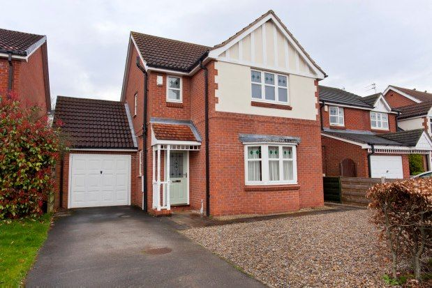3 bed property to rent in Sails Drive, York YO10