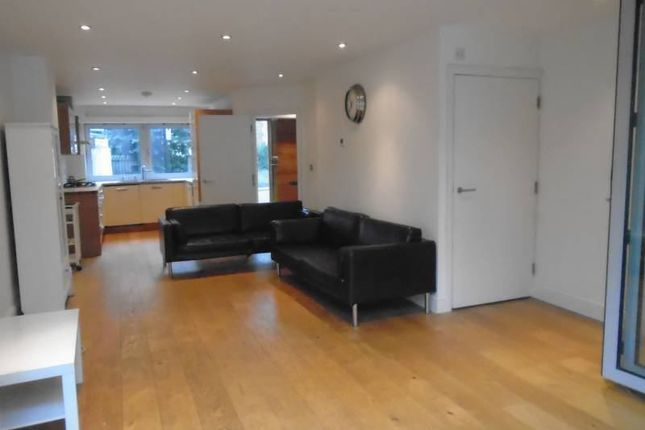 Thumbnail End terrace house to rent in Albion Grove, Stoke Newington