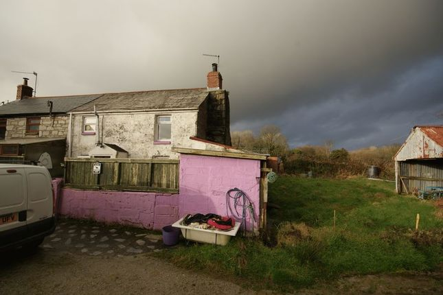 Thumbnail Cottage for sale in Currian Vale, Nanpean, St. Austell