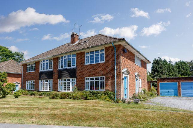 Thumbnail Maisonette to rent in Kings Close, Lyndhurst, Hampshire