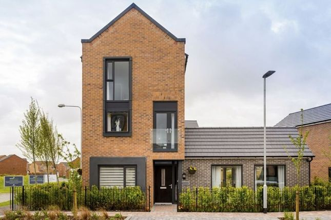 Thumbnail Detached house for sale in Dunnock Lane, Cottam, Preston