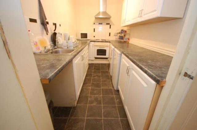 Thumbnail Flat to rent in Bryson Road, Edinburgh EH11,