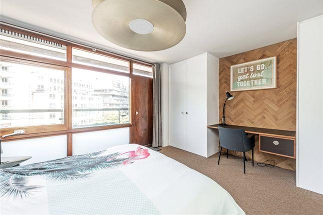 Picture No. 29 of Defoe House, Barbican, London EC2Y