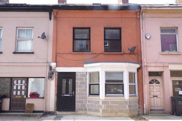 Thumbnail Flat to rent in Wyndham Street, Yeovil