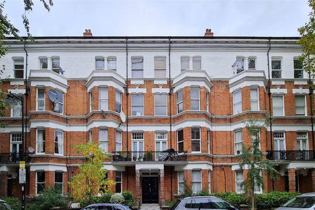 3 bed flat for sale in Widdenham Road, London N7