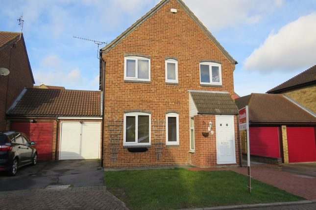 Thumbnail Detached house for sale in Donemowe Drive, Kemsley, Sittingbourne
