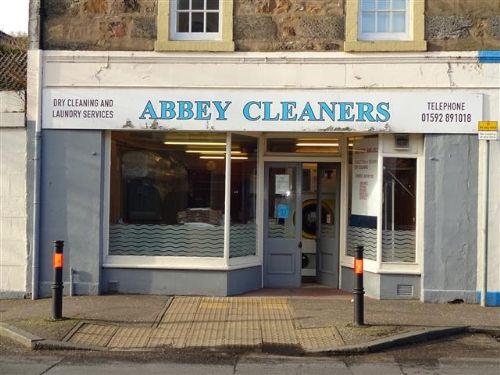Thumbnail Retail premises for sale in Burntisland, Fife