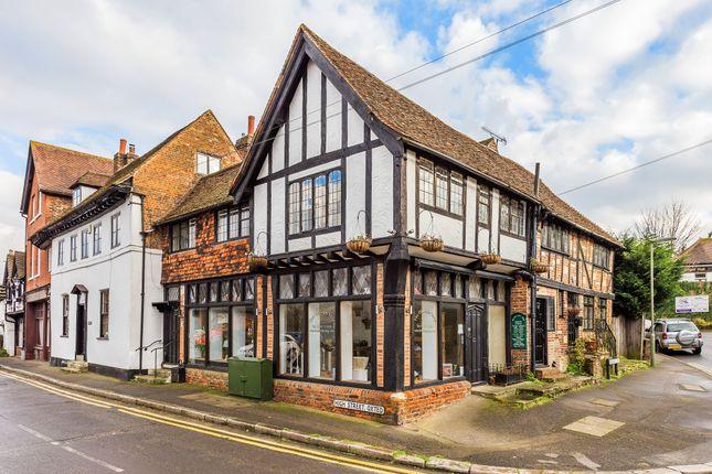 Thumbnail Maisonette for sale in Beadles Lane, Oxted