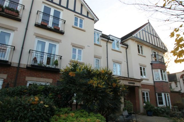 Thumbnail Property to rent in Mildred Court, 26 Bingham Road, Addiscombe, Croydon