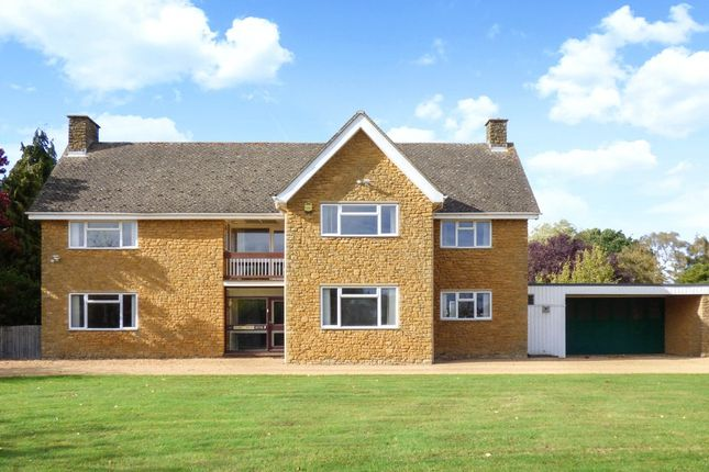 Thumbnail Detached house to rent in Bloxham Road, Banbury, Oxfordshire