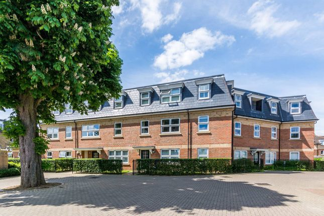 Thumbnail Flat for sale in Florence Way, Wandsworth Common