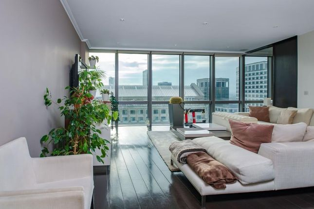 Thumbnail Flat for sale in West India Quay, 26 Hertsmere Road