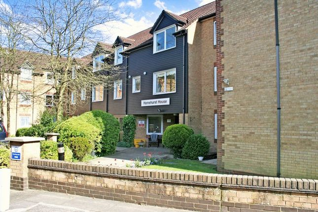 Thumbnail Flat for sale in Homehurst House, Brentwood