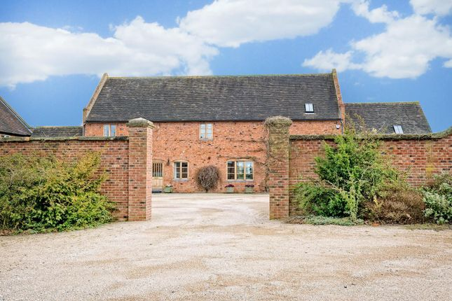 4 bed country house for sale in Clifton Campville, Staffordshire