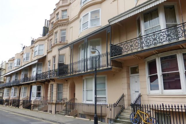 1 bed flat to rent in Bedford Square, Brighton